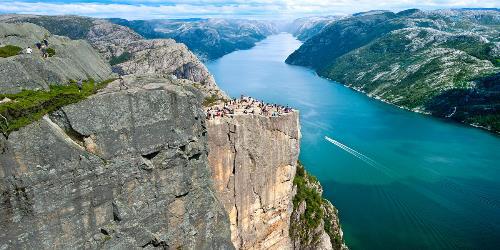 preikestolen pulpit rock lysefjorden stavanger norway 2 1 9de9a2e7 7b15 43ce 946b bfb09baf4bad
