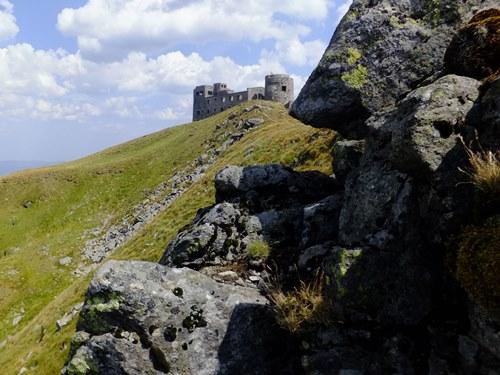 Обсерватория Белый Слон на горе Поп Иван